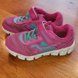 Girl's Saucony Shoes Size 12XW